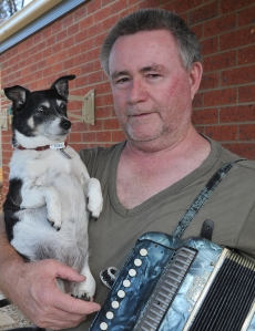 Paddy and Dogmatic. Courtesy of the Bendigo Advertiser