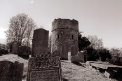 cruagh-graveyard-and-watchtower-1