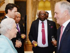 Ratu Elizabeth dan Mr. Turnbull