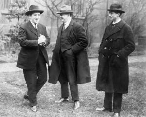 De Valera and colleagues 1919. Credit Wikipedia