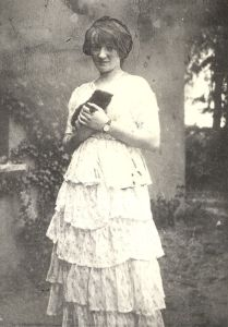 Grace Gifford, pictured not long after the loss of Joseph Plunkett.