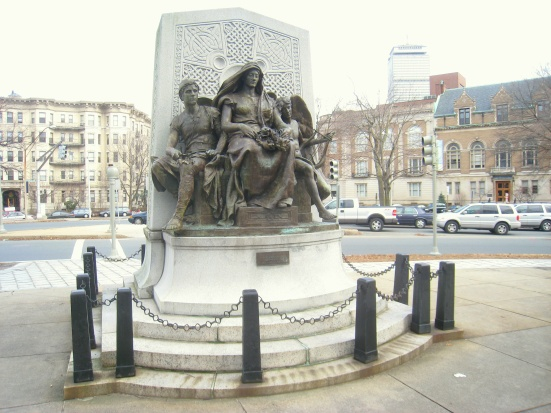 John_Boyle_O'Reilly_Memorial_-_Boston,_MA_-_IMG_2998.JPG