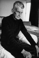 Samuel Beckett in room 604 of The Hyde Park Hotel, London 1980 (2).jpg