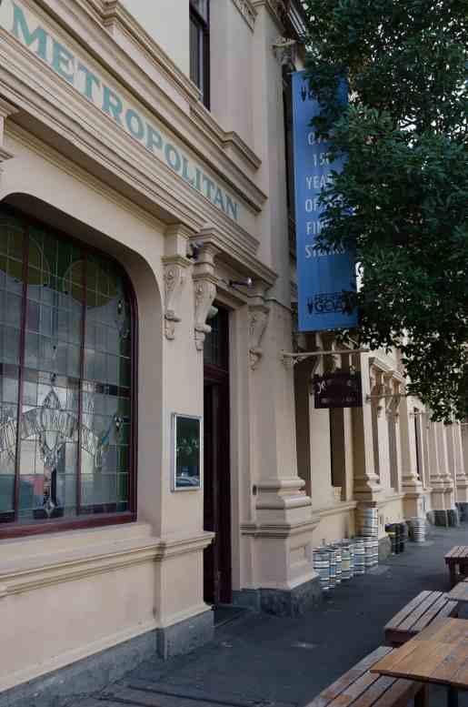 Metropolitanhotel_jlegitimus_exterior_lores-2